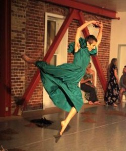 Liz Boubion legs kickin'