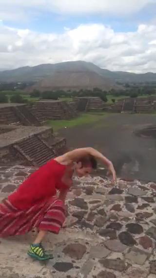 Pyramid video